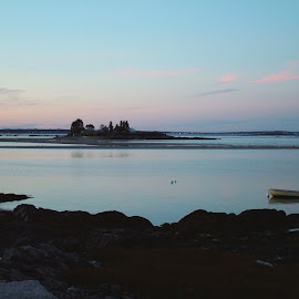 A peaceful evening in Biddeford Pool by John Pobursky - Landscapes Travel ( maine, sunsets, waterscapes, biddeford_pool, evening )