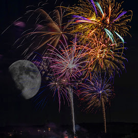 Light up the moon by Richard Bailey - Public Holidays July 4th ( moon, fireworks, night sky, bright colors )