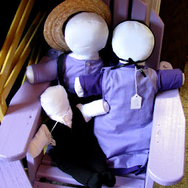 Amish Family dolls by Christine B. - Artistic Objects Toys ( child, amish, dolls, woman, man )
