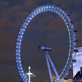 London Eye by Bquavs Photography - City,  Street & Park  Amusement Parks ( pwclandmarks )