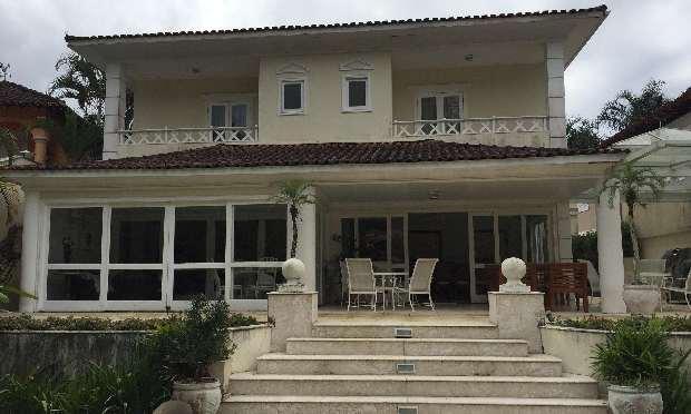 Angra dos Reis - Linda Casa Terreno 650m²  AC 500m²  08 Suítes no condomínio Porto Frade para Venda.