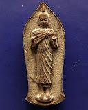 9.พระพุทธนราวันตบพิธ ผสมผงจิตรลดา+เส้นพระเจ้า (เส้นพระเกศาในหลวง) หลัง ภปร. พร้อมกล่องเดิม