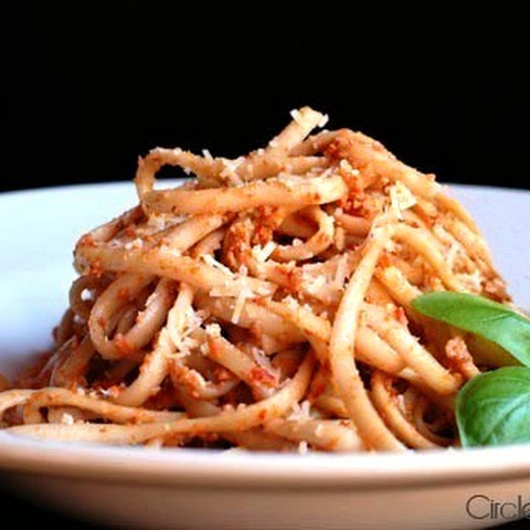 Linguini with Roasted Red Pepper Pecan Pesto