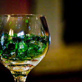 Wine Bubbles by Elizabeth Stein - Artistic Objects Glass