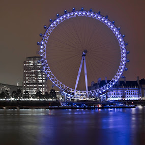 London Eye ! by Ashish Jain - Buildings & Architecture Other Exteriors ( uk, london eye, ashish jain, oddlens, london )