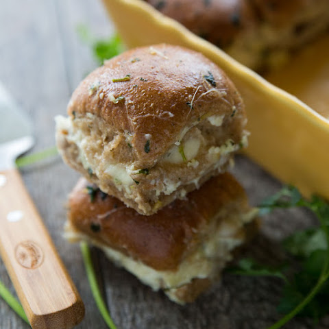 Cheesy Artichoke & Mozzarella Sliders