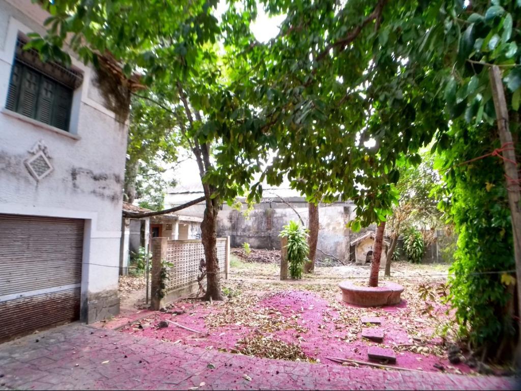 Casa com 5 dormitórios à venda, 500 m² por R$ 980.000 - Tamb