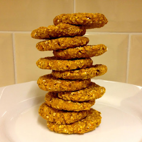 2 Ingredient, simple and healthy – sweet potato oatmeal cookies!