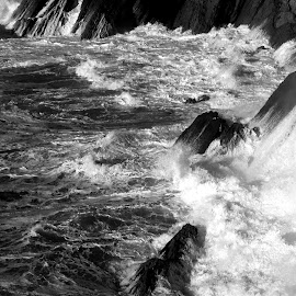 Water and cliffs by Gil Reis - Black & White Landscapes ( water, cliffs, nature, waves, ocean, places, portugal, atlantic )