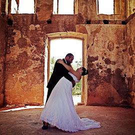 Church by Tarcisio Soares - Wedding Bride & Groom ( church, wedding, bride & groom )