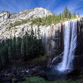 Waterfall by Anatoliy Kosterev - Landscapes Mountains & Hills ( yosemite, rocks, nature, waterfall, landscape )