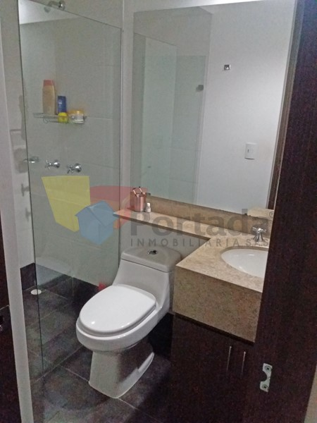 apartamento en arriendo loma del chocho 679-11370