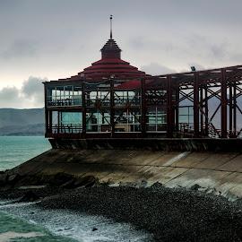 La punta - Callao by Warren Chirinos Pinedo - Landscapes Beaches ( clouds, water, peru, la punta, provincia constitucional del callao, sea, mirador, seascape, rocks, callao )