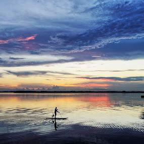 Dusk paddle boarder by Drew Tarter - Landscapes Waterscapes ( waterscape, sunset, paddleboard, clouds, scenics )