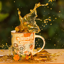 Coffee splash by Susan Van Wyk - Food & Drink Alcohol & Drinks ( mug, drink, coffee, wet, flower )