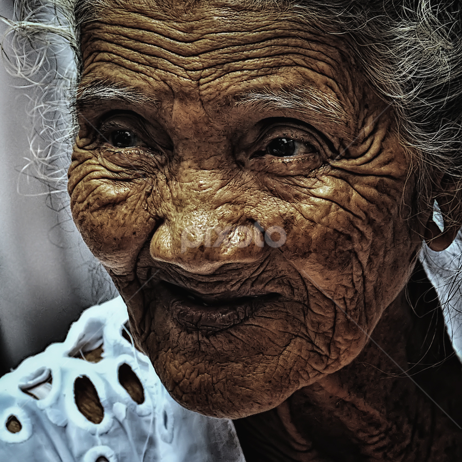 no words by Bigg Shangkhala - People Portraits of Women