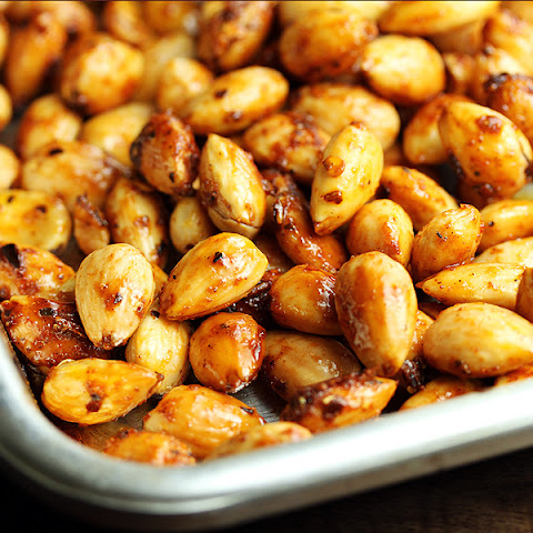Sweet-Spicy Roasted Harissa Almonds