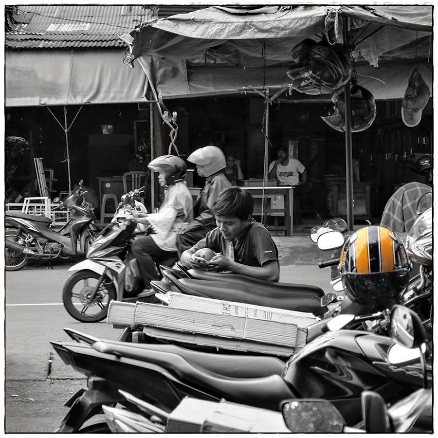 #streetphotography #streetlife #streetphotographer by JOe Arian - Digital Art People