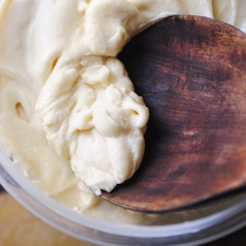 Maple-Coconut Buttercream Frosting (Refined Sugar Free, Gluten Free, Vegan Option)