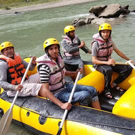 Rafting by Faraz Malik - People Group/Corporate