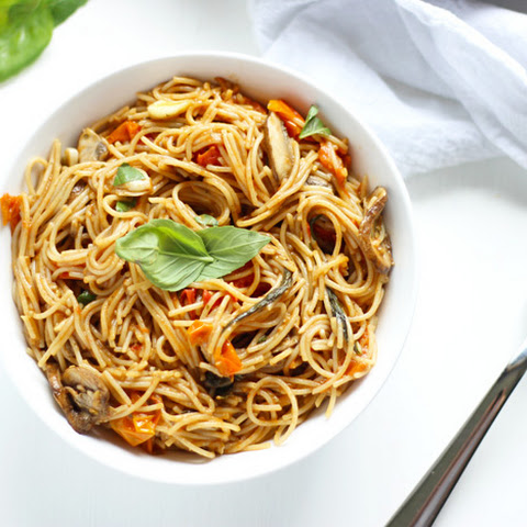 Capellini in Roasted Tomato and Garlic Sauce