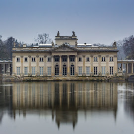 Warsaw palace by Adrian Ioan Ciulea - City,  Street & Park  City Parks ( water, reflection, park, long exposure, lake, palace, warsaw )
