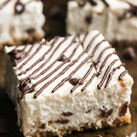 Skinny Chocolate Chip Cheesecake Bars