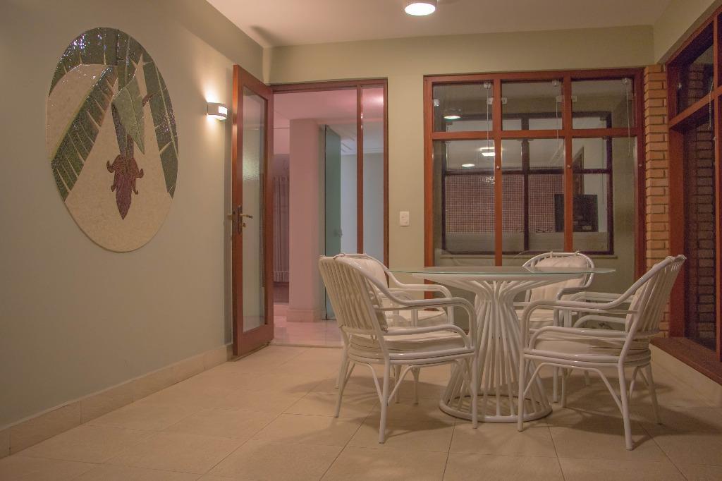 Casa Sobrado Residencial Alto Padrão Estilo Normando para Ve