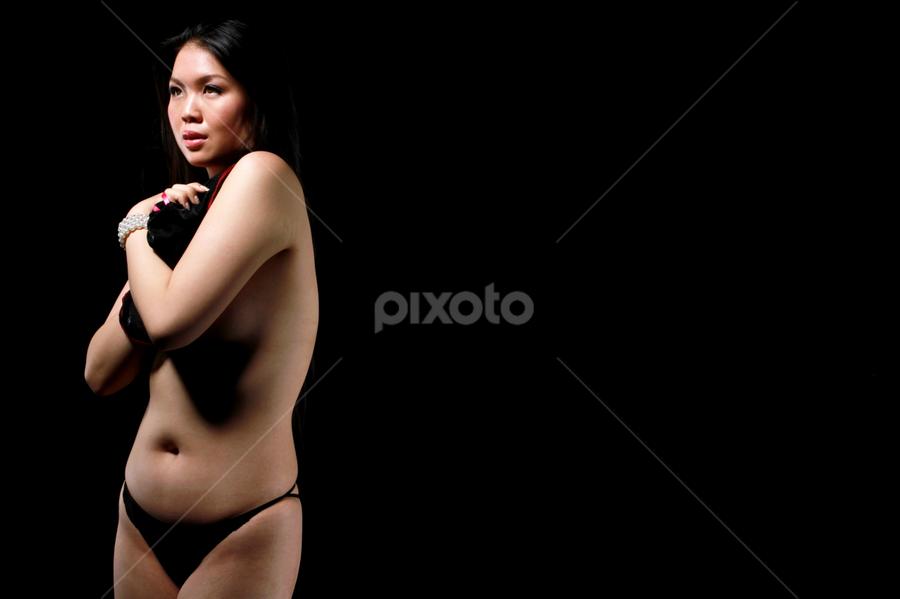 Beauty in the dark by Baron Danardono Wibowo - Nudes & Boudoir Artistic Nude