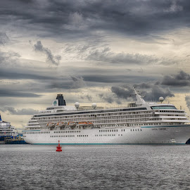 North Shields Giant by Adam Lang - Transportation Boats ( cruiseship, ship, south shields, north shields, tyneside, boat )