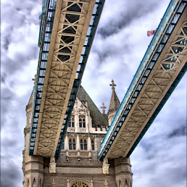 Tower Bridge by Cornel Robinson - Buildings & Architecture Bridges & Suspended Structures ( clouds, tower, structure, bridge, struts )