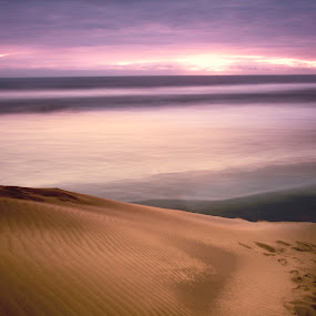 dunes and sea by Cristobal Garciaferro Rubio - Landscapes Deserts ( shore, sand, mexico, dune, sea, long exposure )