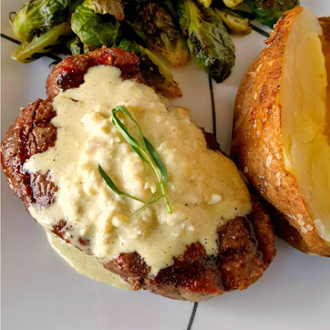 Filet and Crabéarnaise