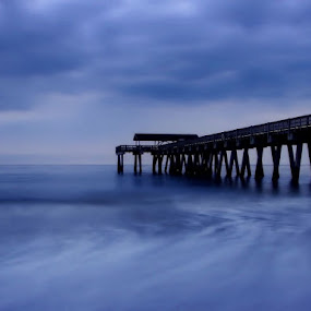 Moody Blues by Kara Brothers - Landscapes Waterscapes