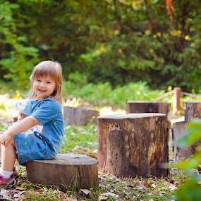 Little girl smile by Costi Manolache - People Family ( girl, tree, forest, childhood, smile, pretty )
