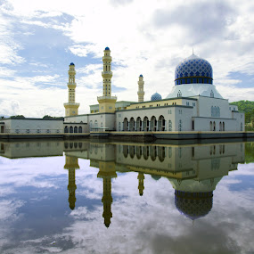 floating & reflection by Mohd Shahrizan Taib - Buildings & Architecture Other Exteriors ( water, building, sky, mosque, e-30, olympus )