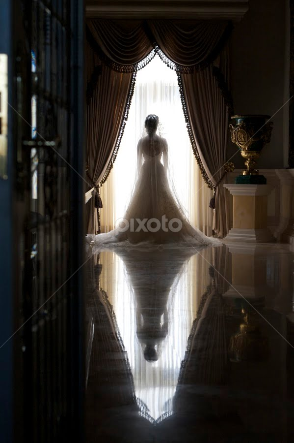 Reflection by Mauricio Alanis - Wedding Bride