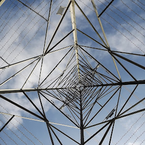 by Alan Reardon - Artistic Objects Other Objects ( menstrie, sky, wire, roughcastle, power, square )