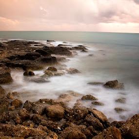 cloud on the rocks by Samet Işık - Landscapes Waterscapes