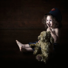 2 friends by Carola Kayen-mouthaan - Babies & Children Child Portraits ( child, bear, fine art, boy, portrait )