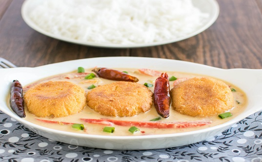 Tofu Coins in Spicy Peanut Sauce Recipe | Yummly