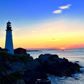 Portland Light House by Joe Fazio - Landscapes Waterscapes ( maine, seascapes, lighthouse, fort williams, portland, casco bay )