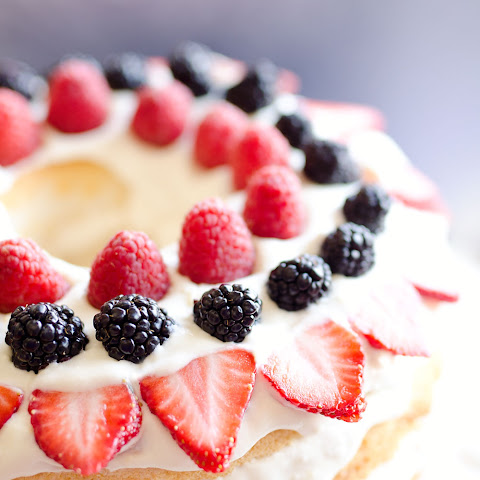Light Berry Angel Food Cake {15 Minute Dessert}