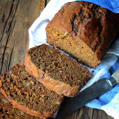 Molasses Walnut Banana Bread
