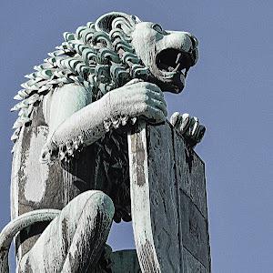 LION OF ZALZBURG.-1.JPG