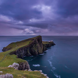 Sunset in Neist Point by Maria Alexandra Abrunhosa - Landscapes Waterscapes ( scotland, skye, isle, sunset, sea )