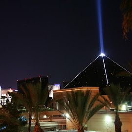 night beam by Tabitha Doughty - Buildings & Architecture Office Buildings & Hotels