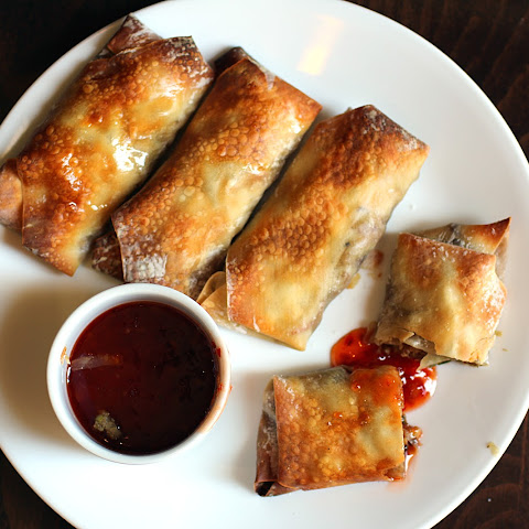 Baked Chicken and Mushroom Spring Rolls