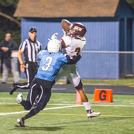 Akil Thomas Touchdown by Elk Baiter - Sports & Fitness American and Canadian football ( wildcats, mountain view, high school, football, varsity, touchdown, sports, athlete, pass )