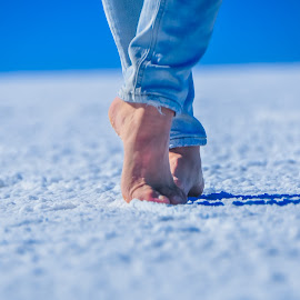 Salt Ballet by Gabriel Farias - People Body Parts ( dancing, salt desert, jeans, crunchy, feet, toes, bolivia, ballet, people, uyuni )